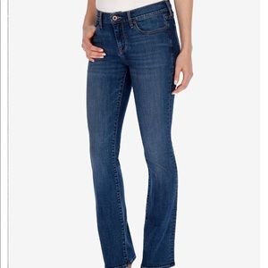 Lucky Jeans Sweet-N-Low Short Jeans